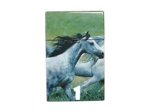 3116-D14 Plastic Cigarette Case, Horses